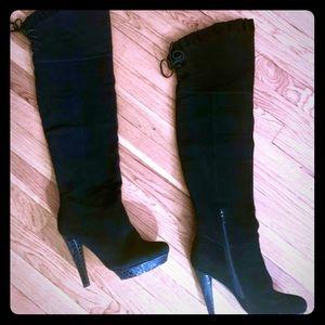 Modern Thigh highs boots